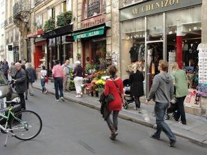 RG paris pedestrian 1
